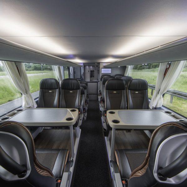 Autokarem Neoplan Skyliner 2015 Comfortable Double Decker Design 10 1 1